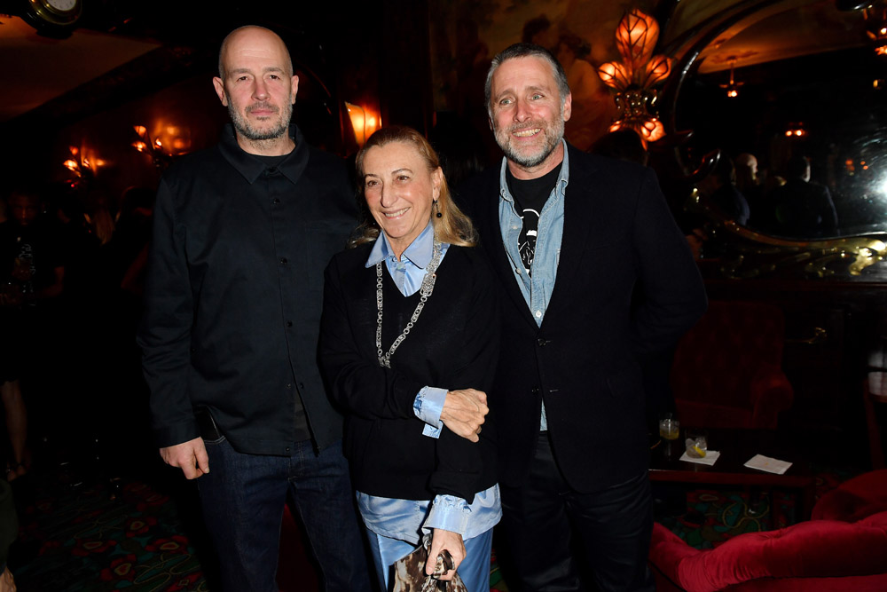 Jake Chapman, Miuccia Prada et David Sims © Jacopo Raule/Getty Images for Prada