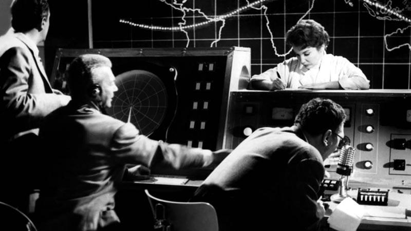 Le danger de l'espace (1958)