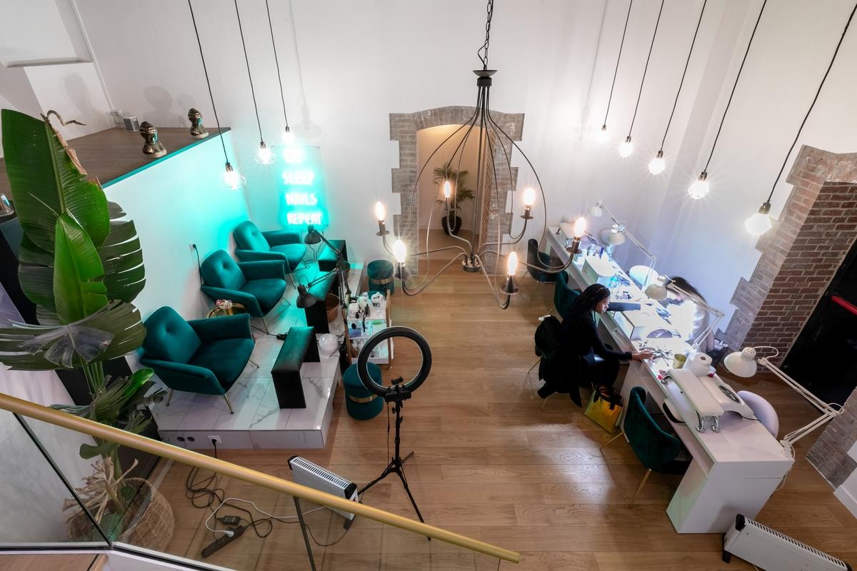 Le Dix, concept-store et salon de beauté, rue de Marignan à Paris