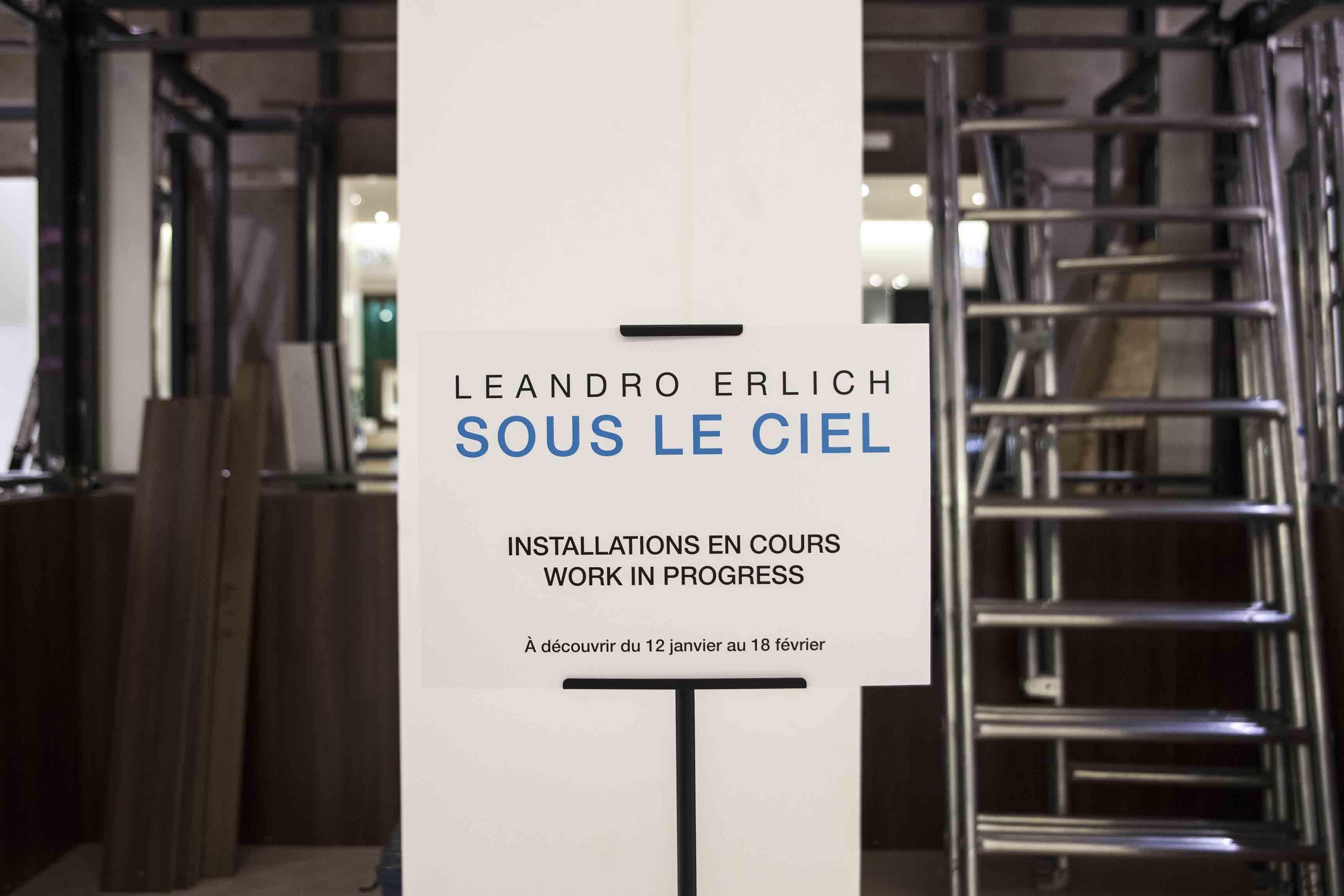 """Leandro Erlich, """"Sous le ciel"""" – Le Bon Marché"""