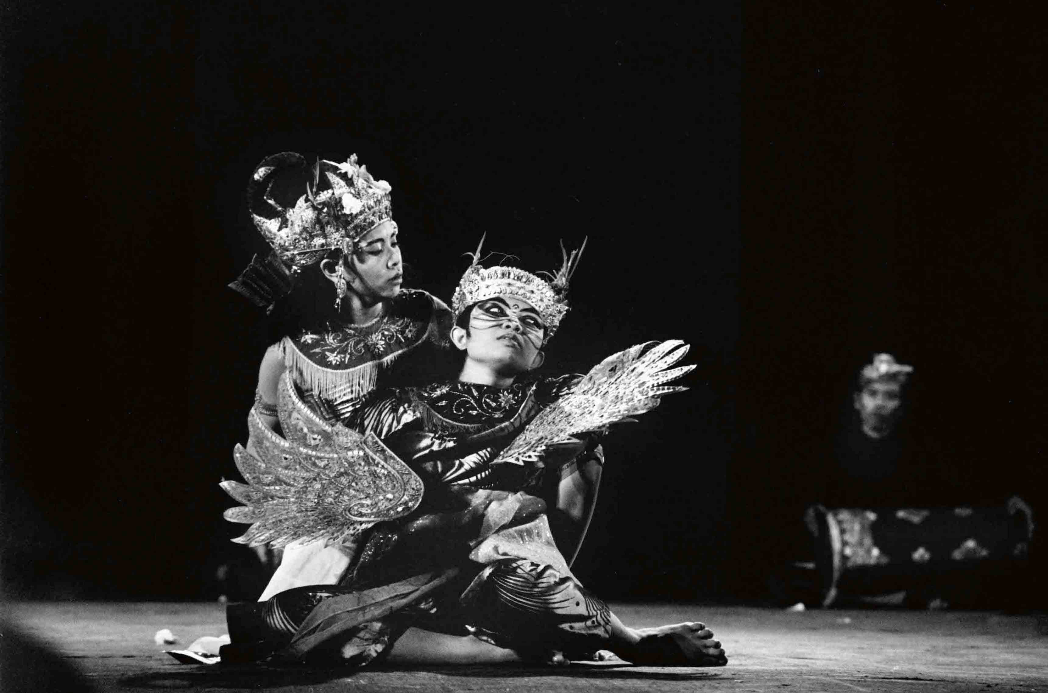 Legong Keraton Dance, Balinese, Gamelan and traditional dances, Persepolis,1969