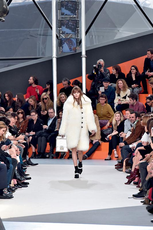 Louis Vuitton automne-hiver 2015 par Nicolas Ghesquière