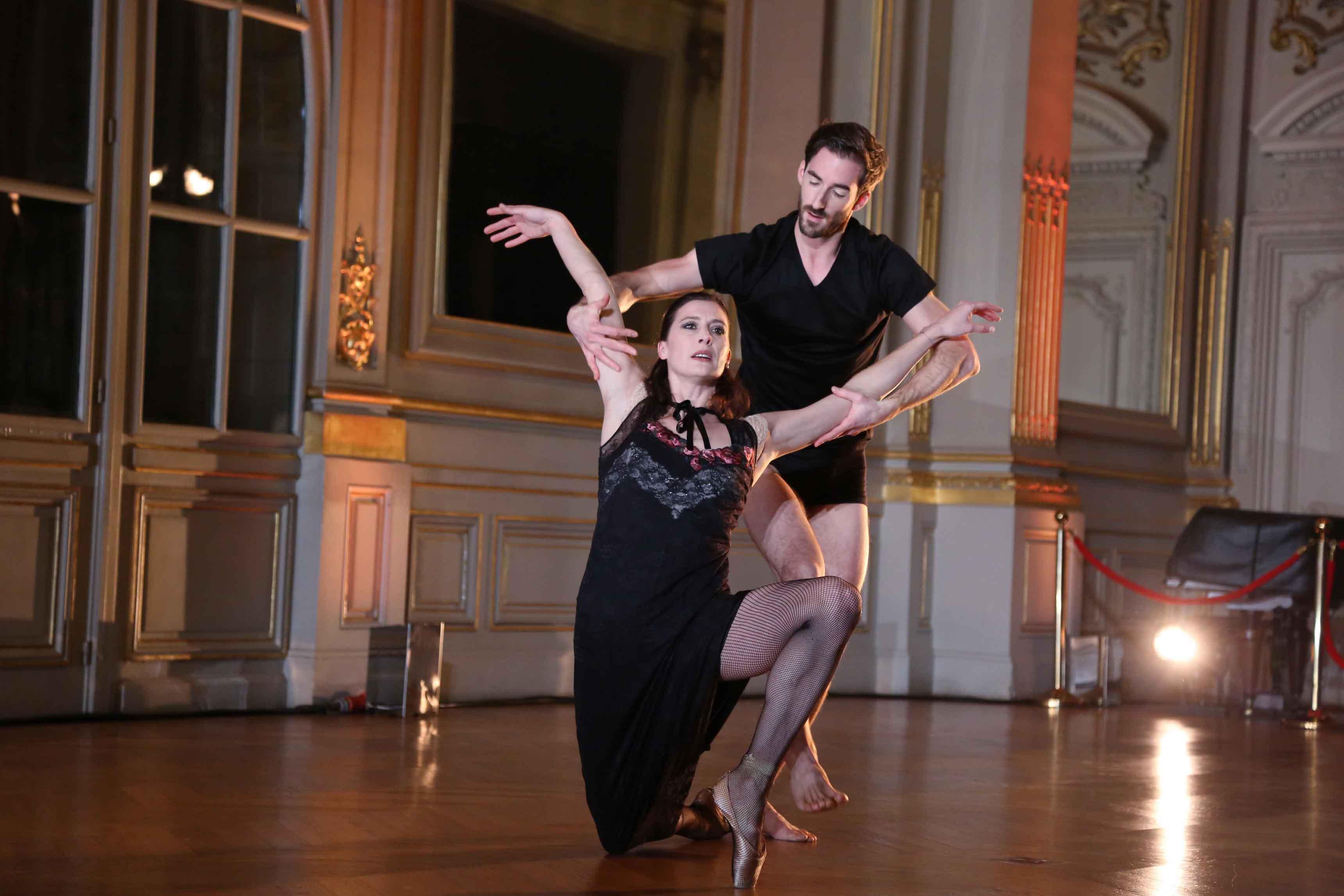La performance de Marie-Agnès Gillot et Vincent Chaillet, photo par Rachid Bellak
