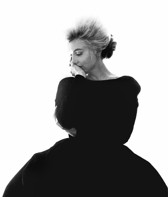 Marilyn Monroe, La Dernière Séance, robe Christian Dior, Bel Air Hotel, Beverly Hills, juillet 1962, Bert Stern