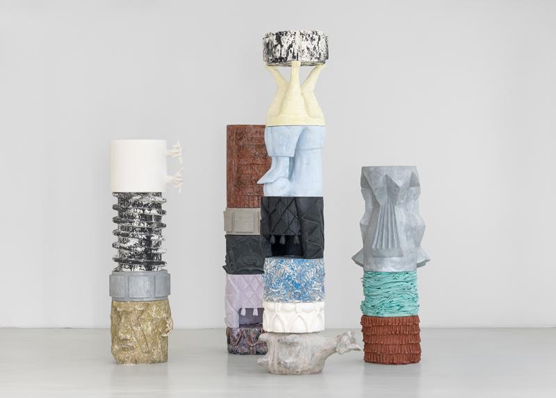 Marion Verboom, Achronies, 2017. Plâtre, résine et bois, dimensions variables.© Marion Verboom, Adagp, Paris, 2019 / Galerie Jérôme Poggi, Paris. Photo © Nicolas Brasseur.
