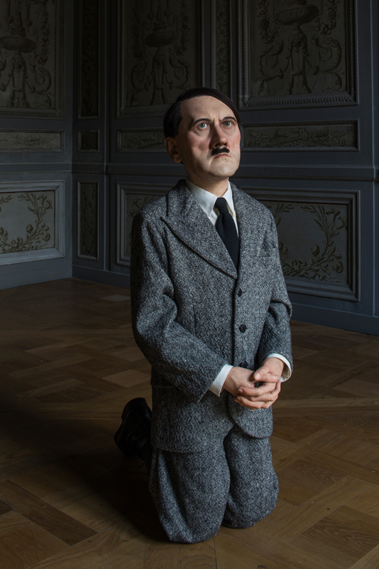 "Maurizio Cattelan, ""Him"" (2001). Photo : Zeno Zotti. Vue de l'exposition Maurizio Cattelan, Not Afraid of Love à la Monnaie de Paris, du 21 octobre 2016 au 8 janvier 2017"