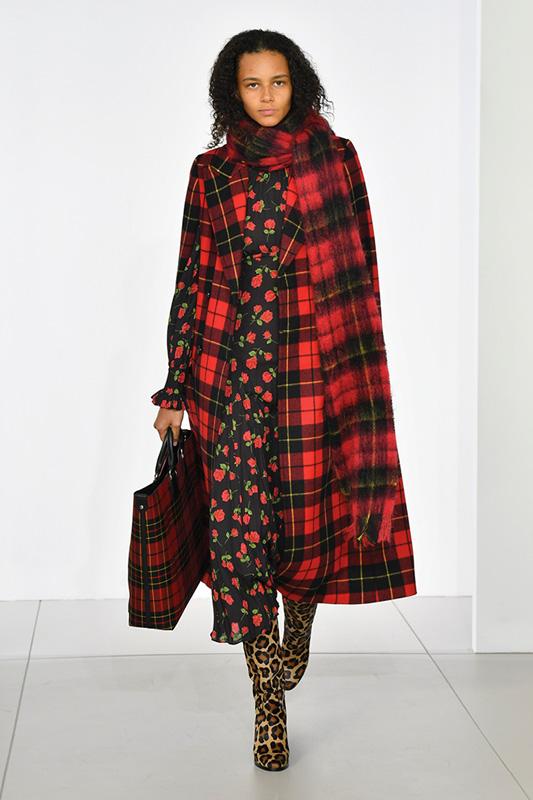 michael kors fall winter 2018 2019 fashion show. Black Bedroom Furniture Sets. Home Design Ideas