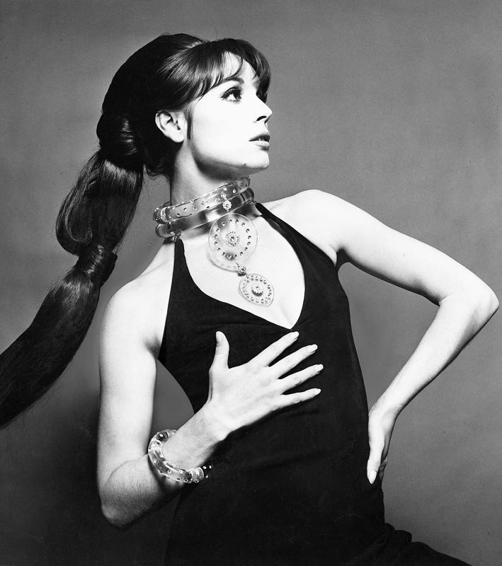 Mode  Elsa Martinelli Vogue Italie 1967