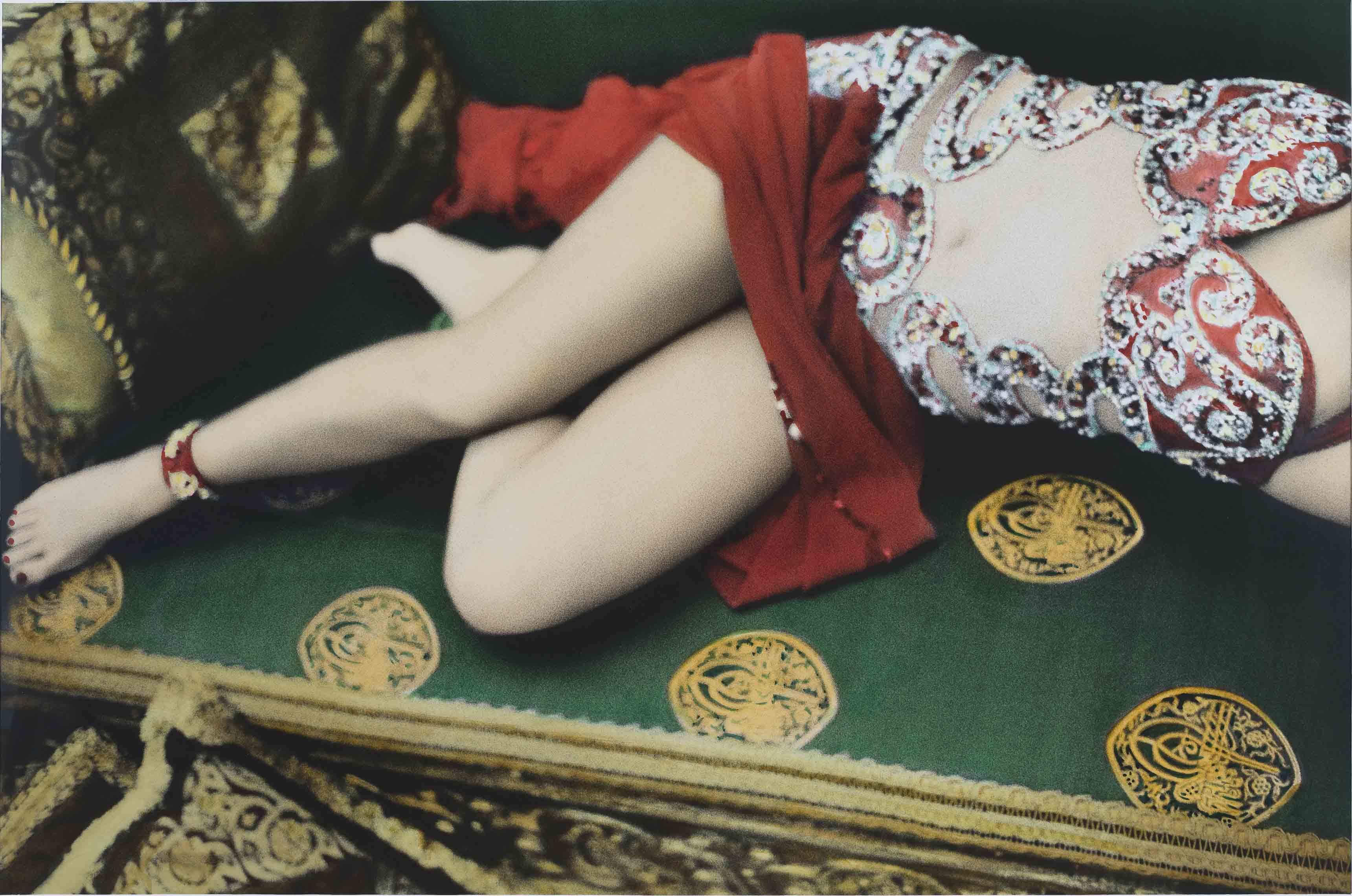 Natacha Atlas, Cairo 2000 © Youssef Nabil – Galerie Nathalie Obadia, Paris-Bruxelles