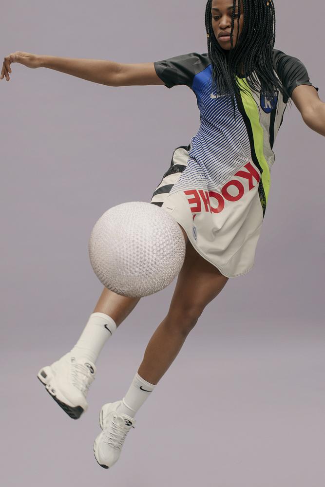 Le maillot de football selon Koché.