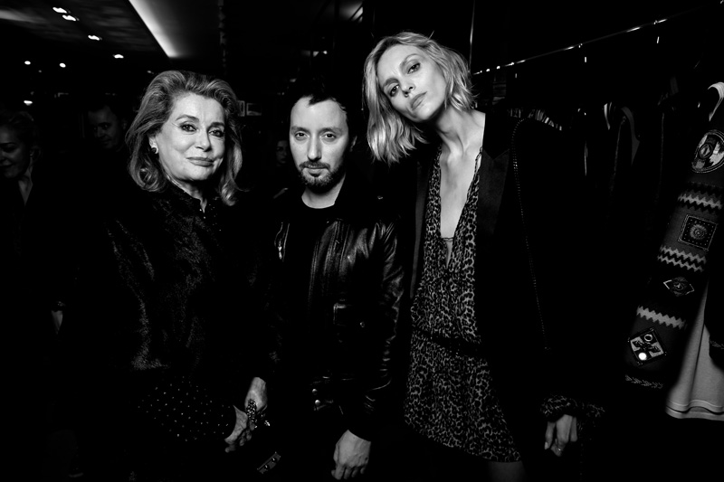 Catherine Deneuve, Anthony Vaccarello et Anja Rubik
