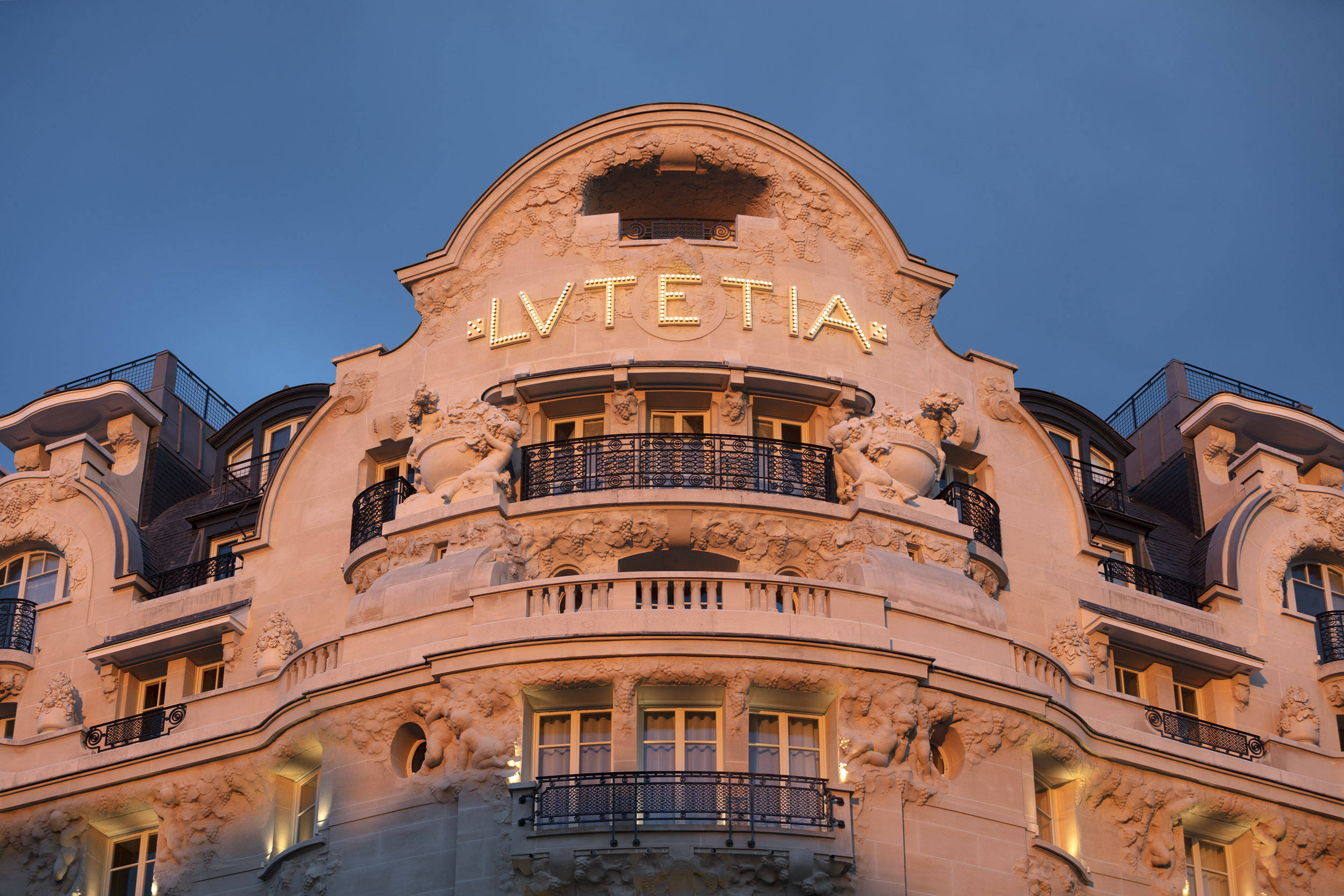 La façade du Lutetia