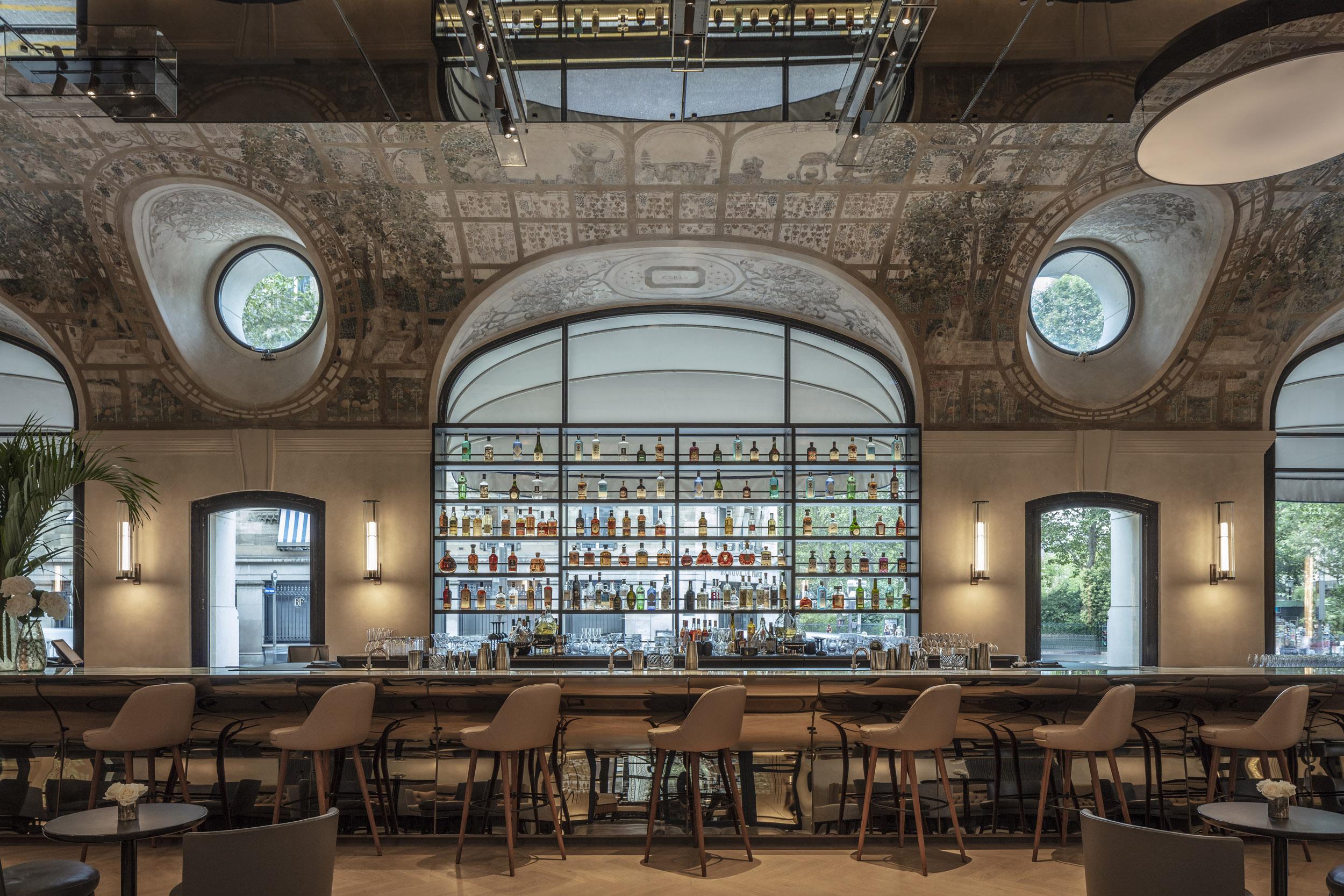 Le bar Joséphine du Lutetia