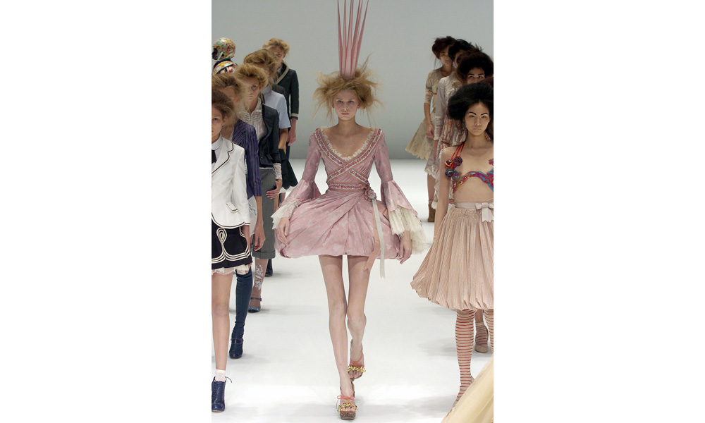 Alexander Mcqueen haute couture spring 2005
