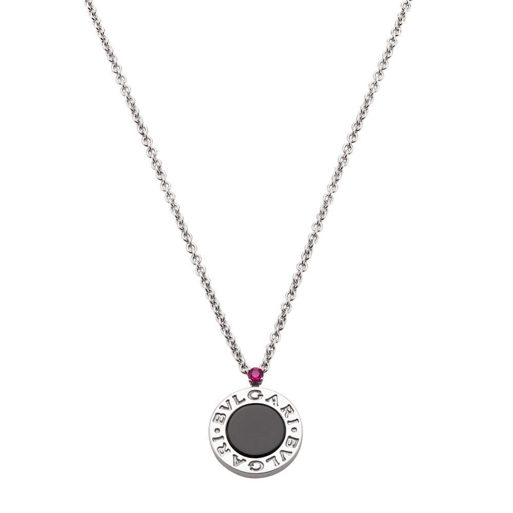 Collier Save the Children 10e Anniversaire en argent massif avec pendentif serti d'un élément en onyx et d'un rubis, BULGARI