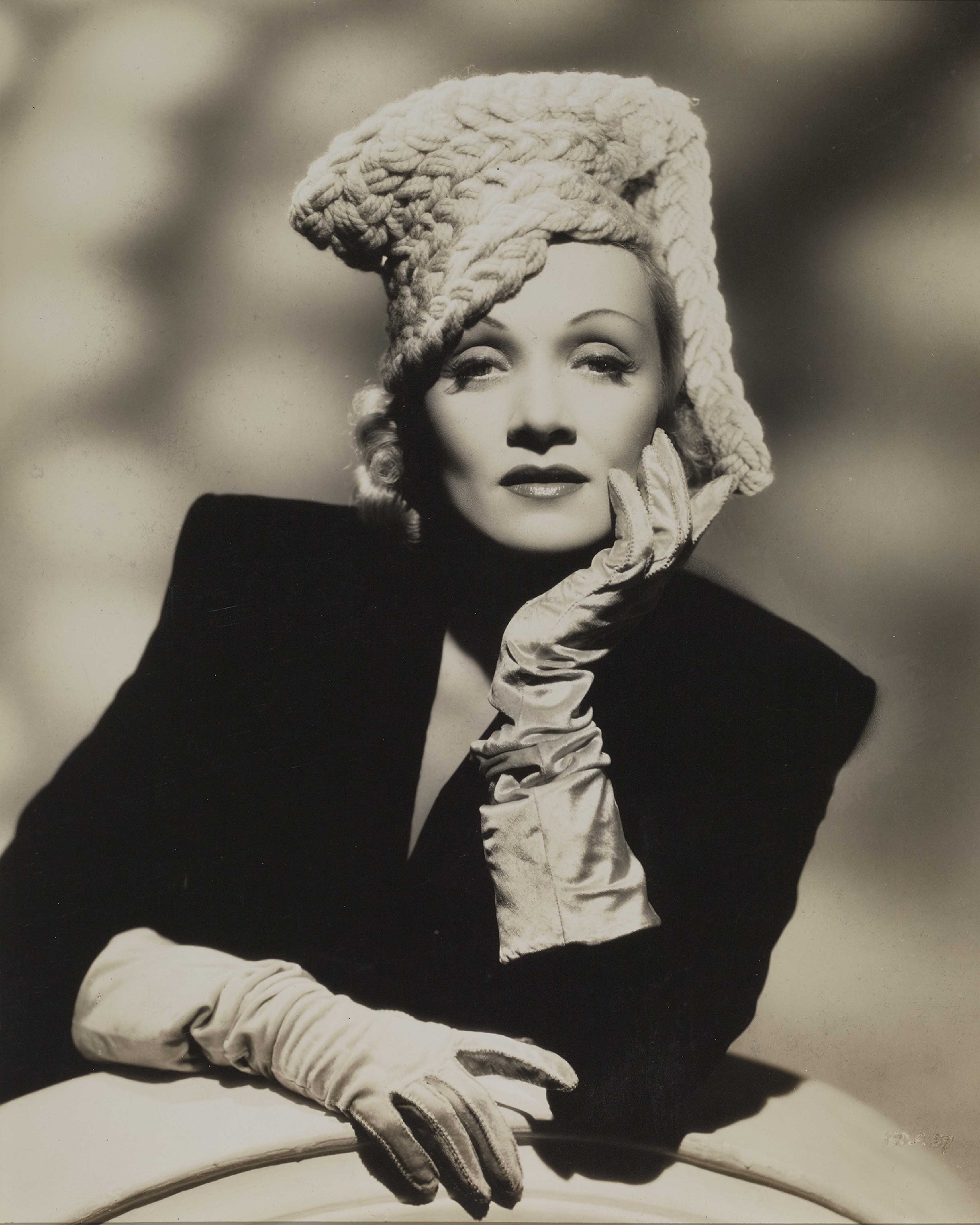 Ray Jones Marlene Dietrich, Pittsburgh, 1942 © Everett Collection/Bridgeman Images