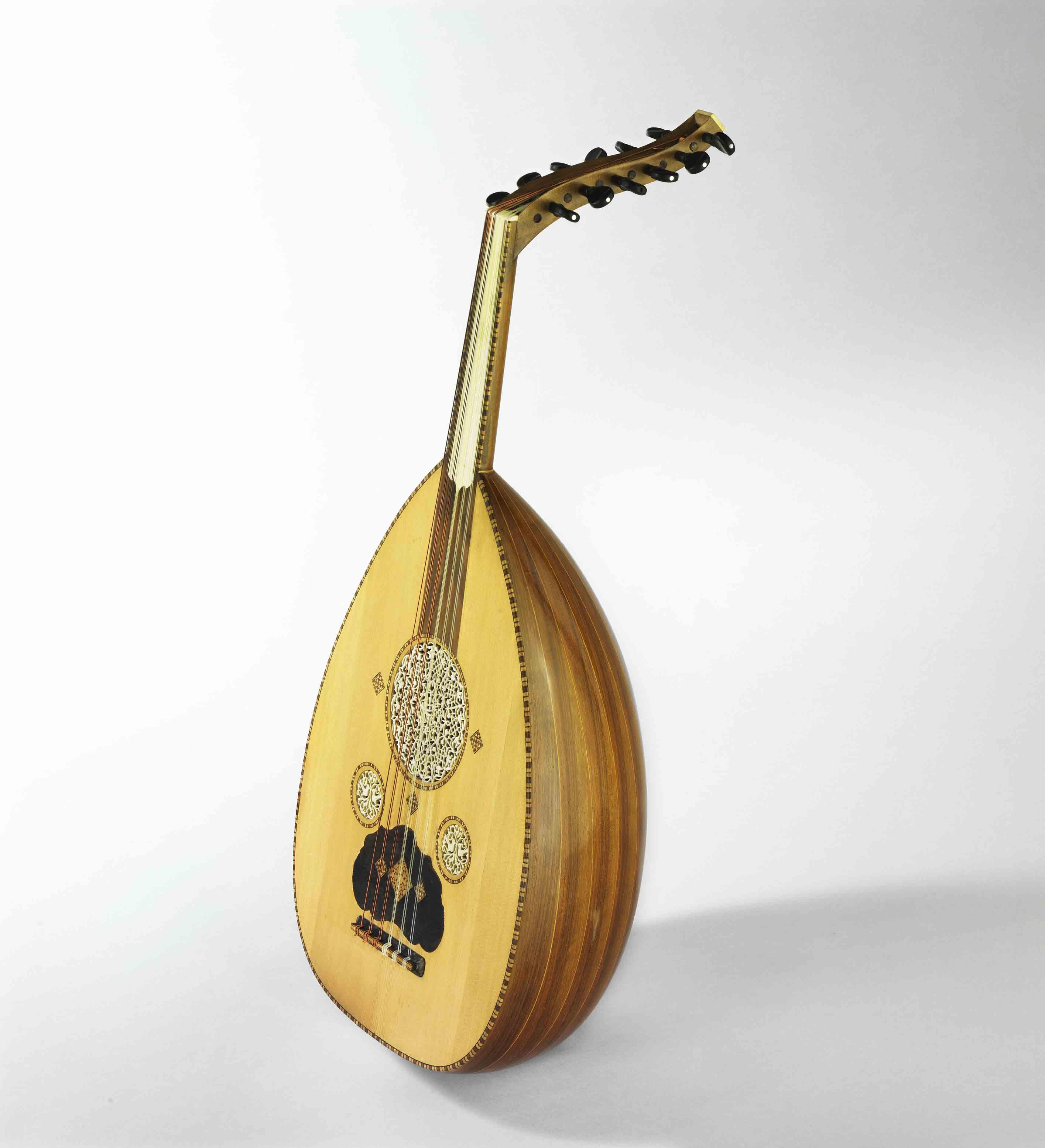 Oud conçu par Georges Nahat, 1931, Syrie, Damas, Musée de la musique, Cité de la musique - Philharmonie de Paris Jean-Marc Anglès