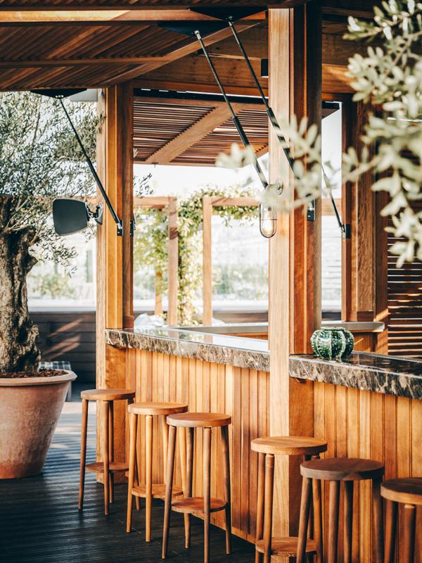 Bar de la terrasse © Le Perchoir