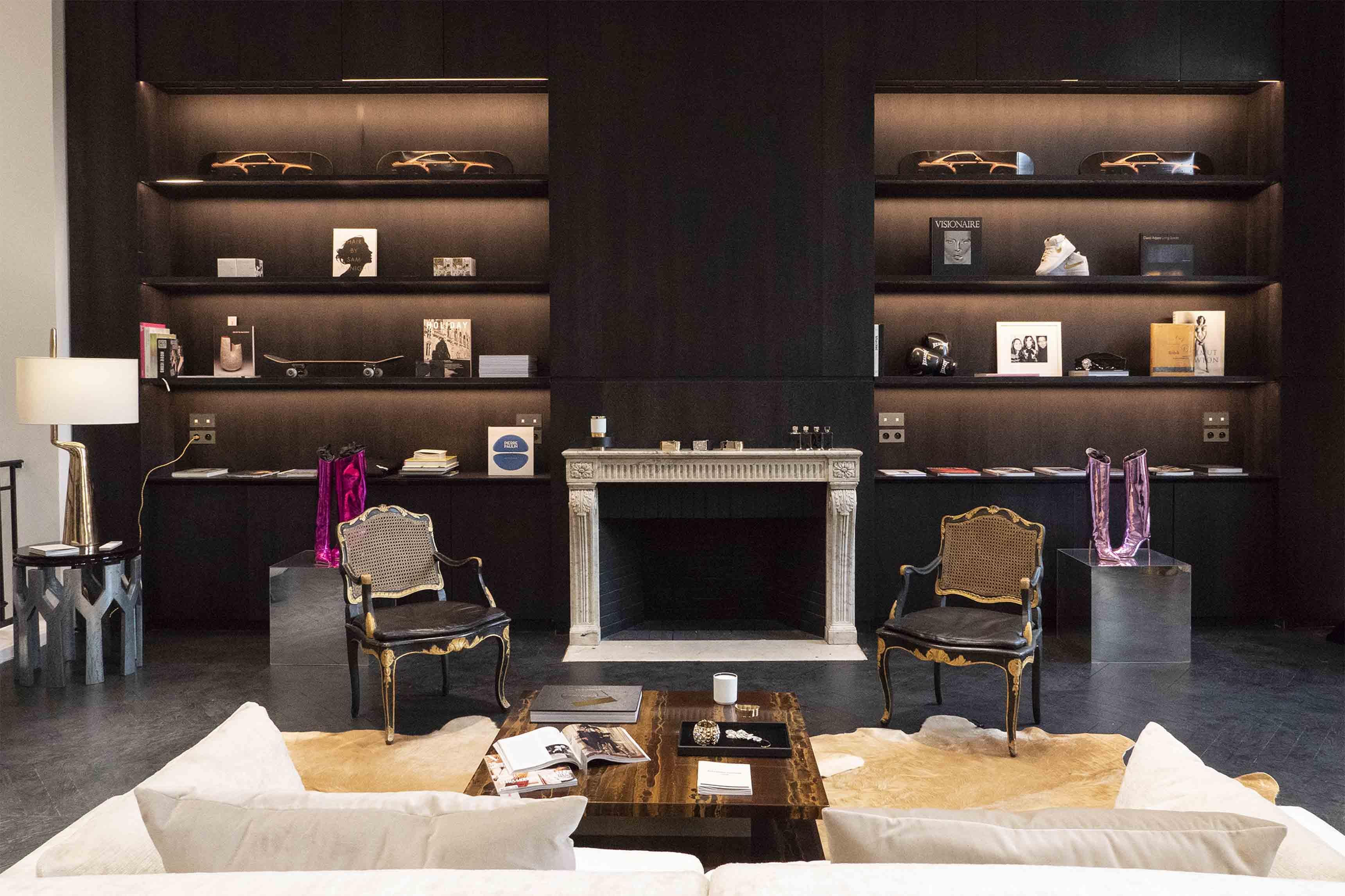 Le salon privé d'Alexandre Vauthier chez Montaigne Market
