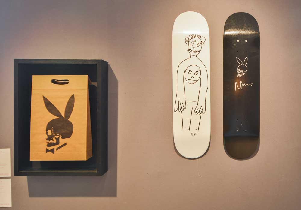 Les planches de skate de Supreme en collaboration avec des artistes contemporains, présentées lors de la vente aux enchères de Supreme chez Artcurial. Courtesy of Artcurial.