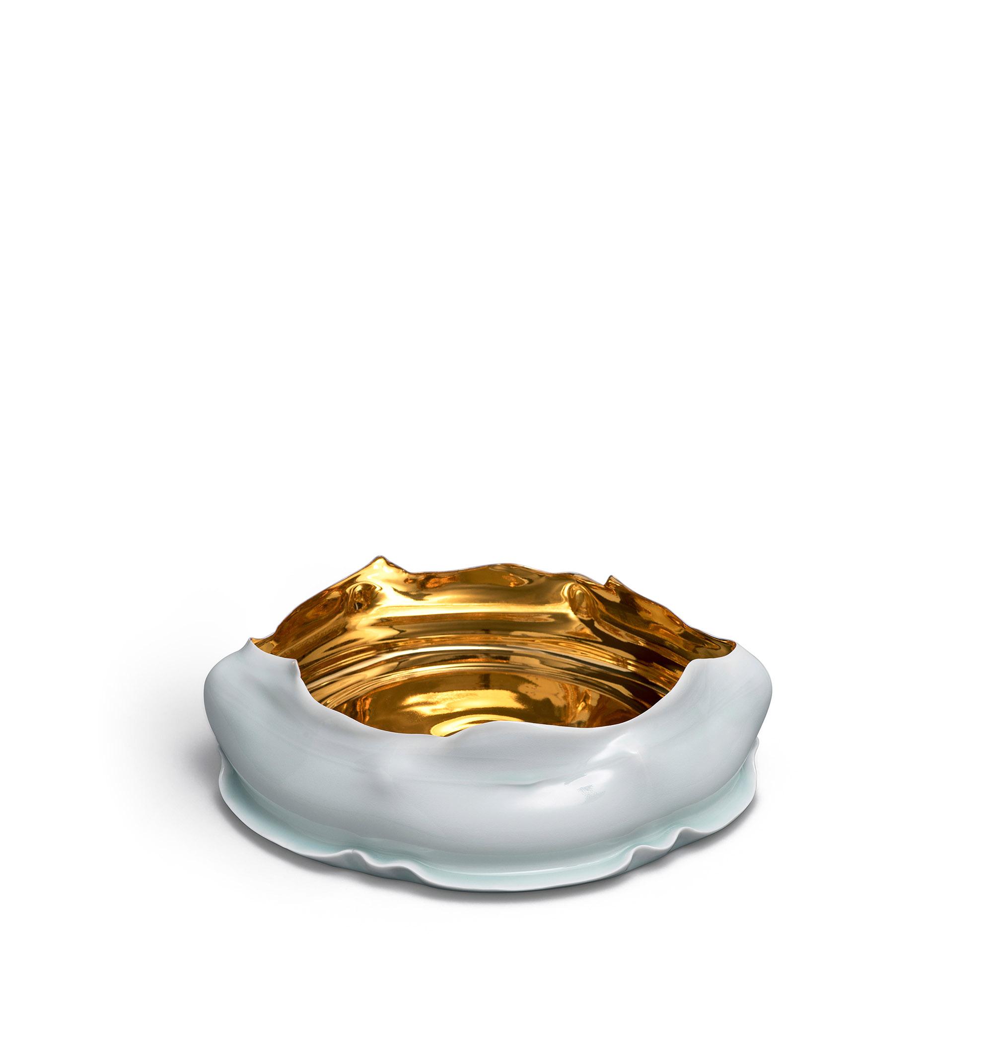 "Takeshi Yasuda, United Kingdom ""Qingbai gold bowl"", porcelain, qingbai glaze, colloidal gold, 418 x 398 x 119 mm (2015)"