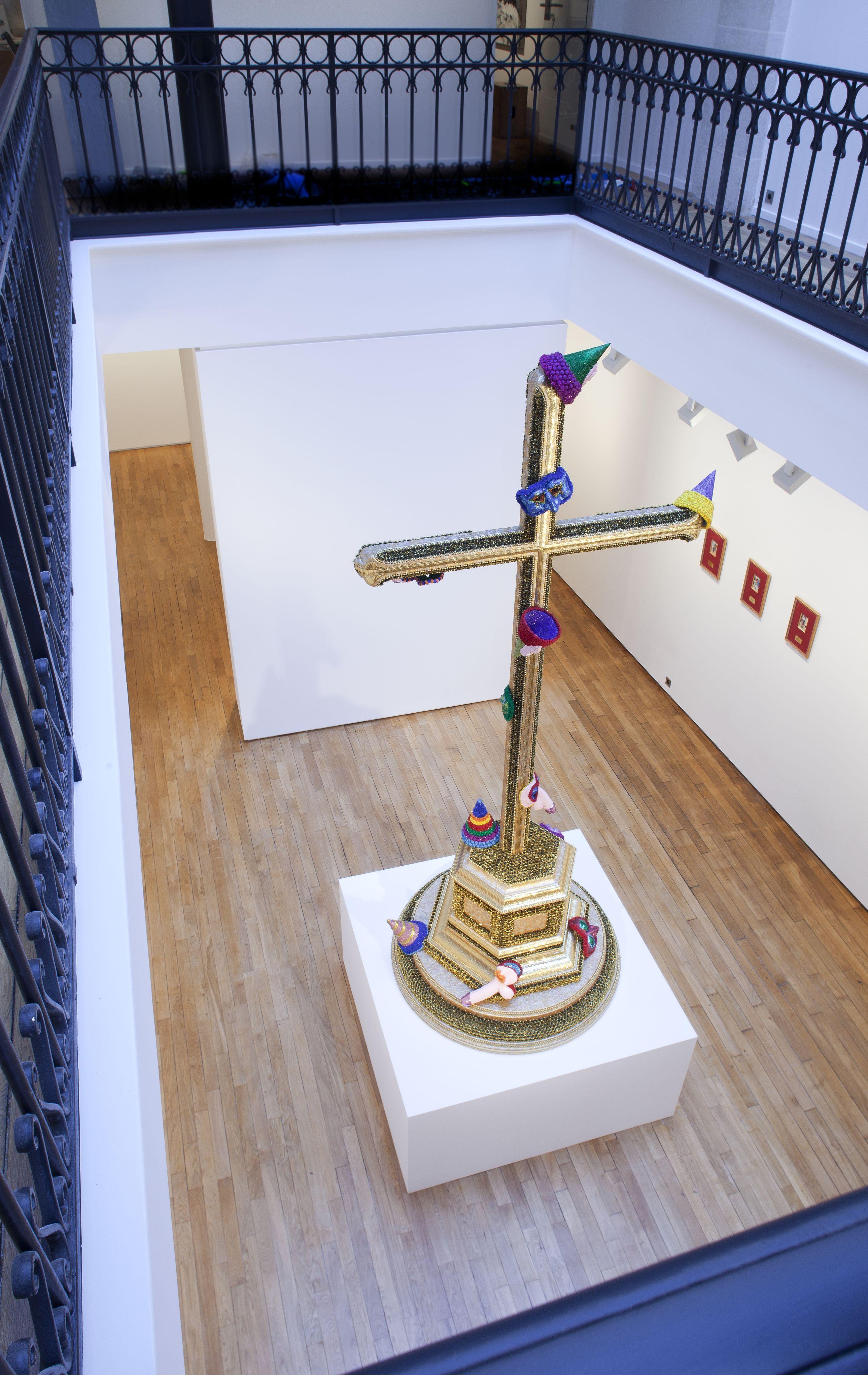 Vue de l'exposition de Jan Fabre dans le nouvel espace de la galerie Daniel Templon. Toutes photos B.Huet/Tutti Courtesy Templon, Paris & Brussels