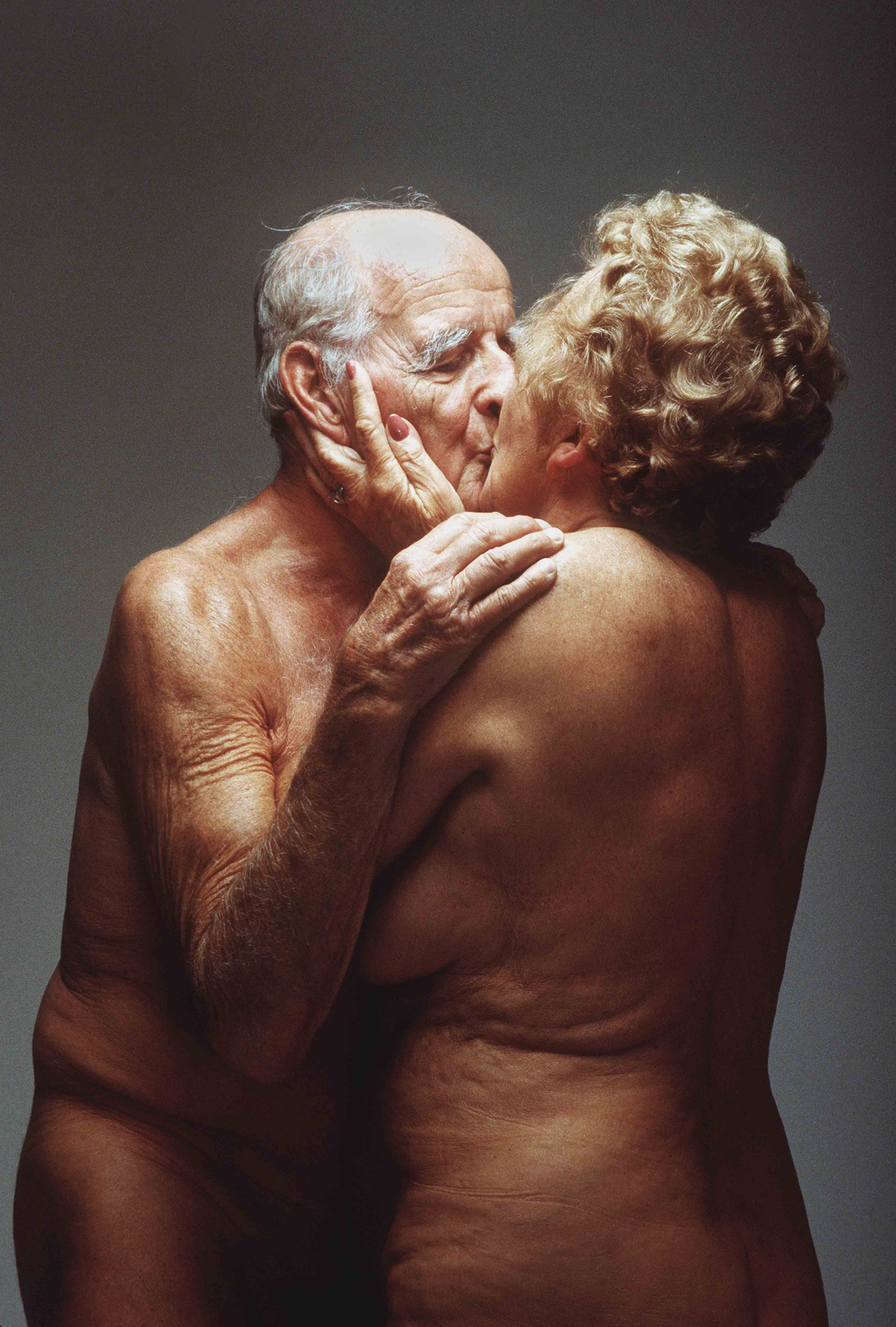"""The Old Kiss"" (1995), Douglas Kirkland"