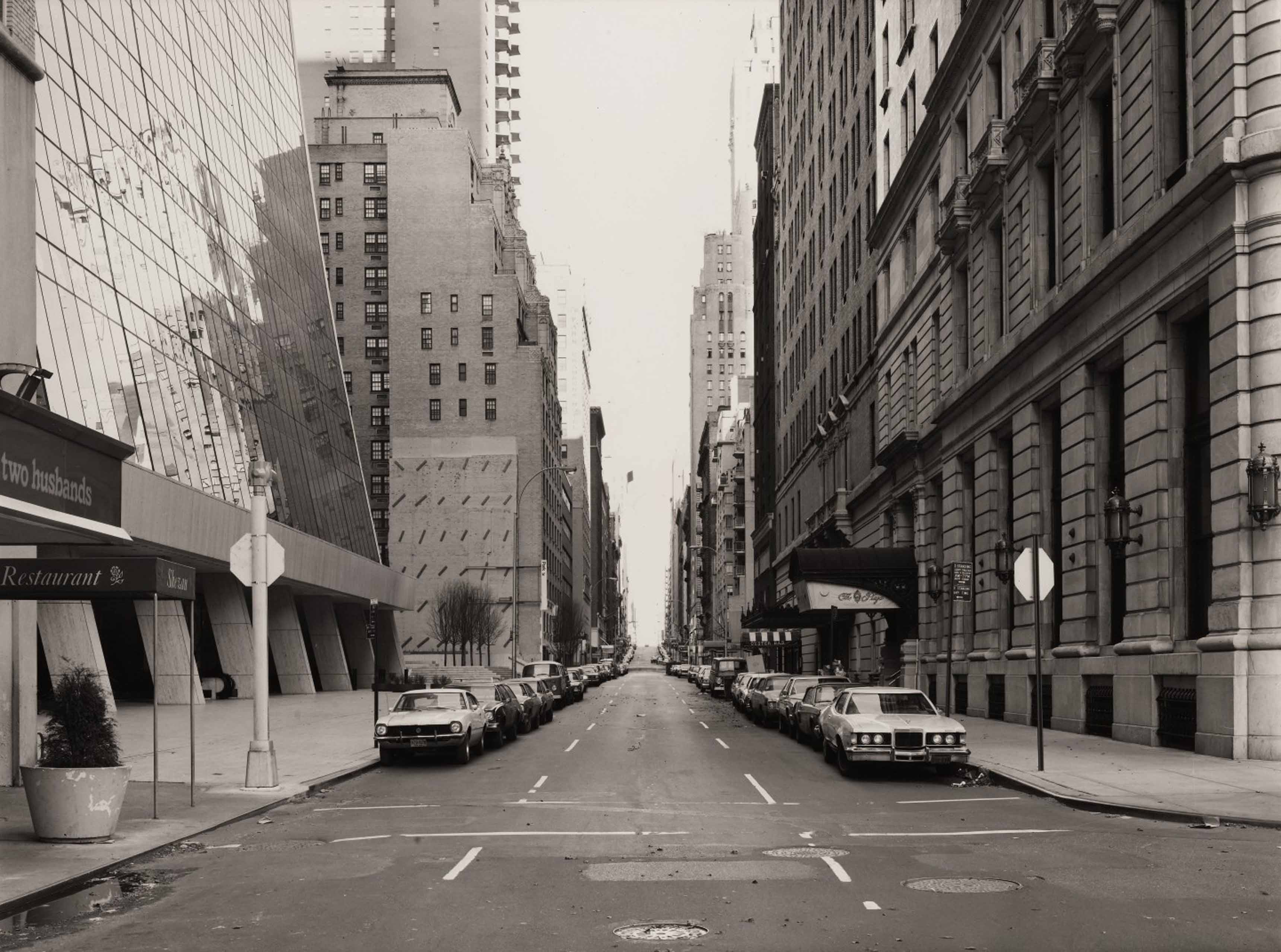 Thomas  Struth_58th street 5th Ave.(Grand Army Plaza)