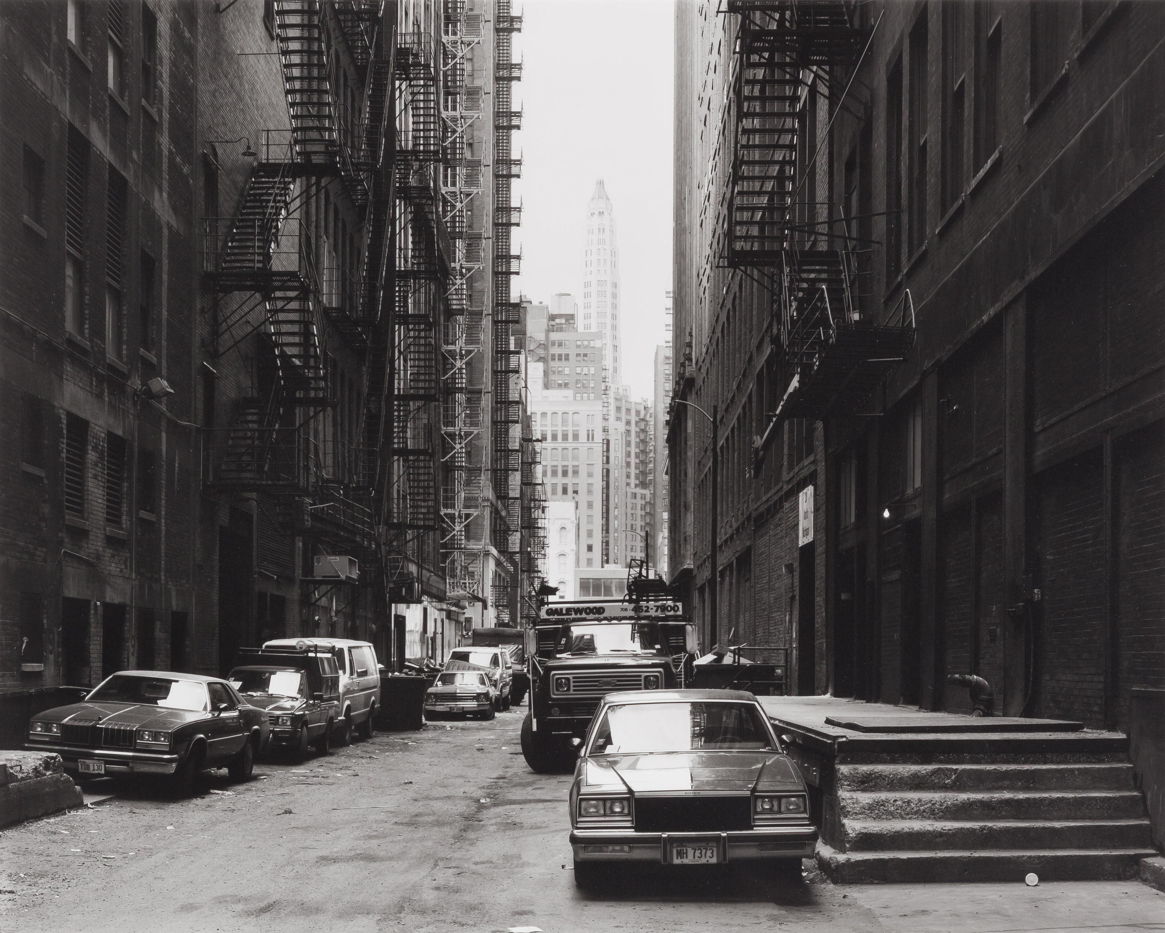 """""""North Garland Court I, Chicago, 1990"""" de Thomas Struth, tirage argentique."""