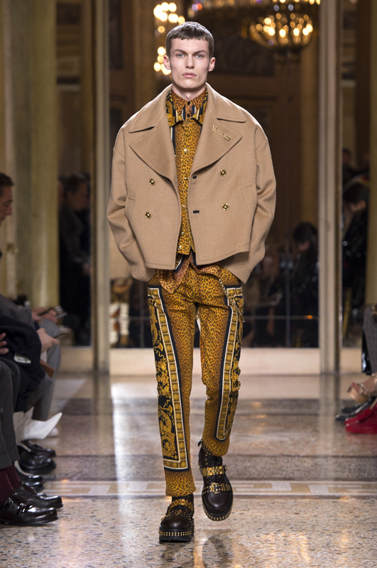 Versace Men Fall Winter 2018 2019 Fashion Show