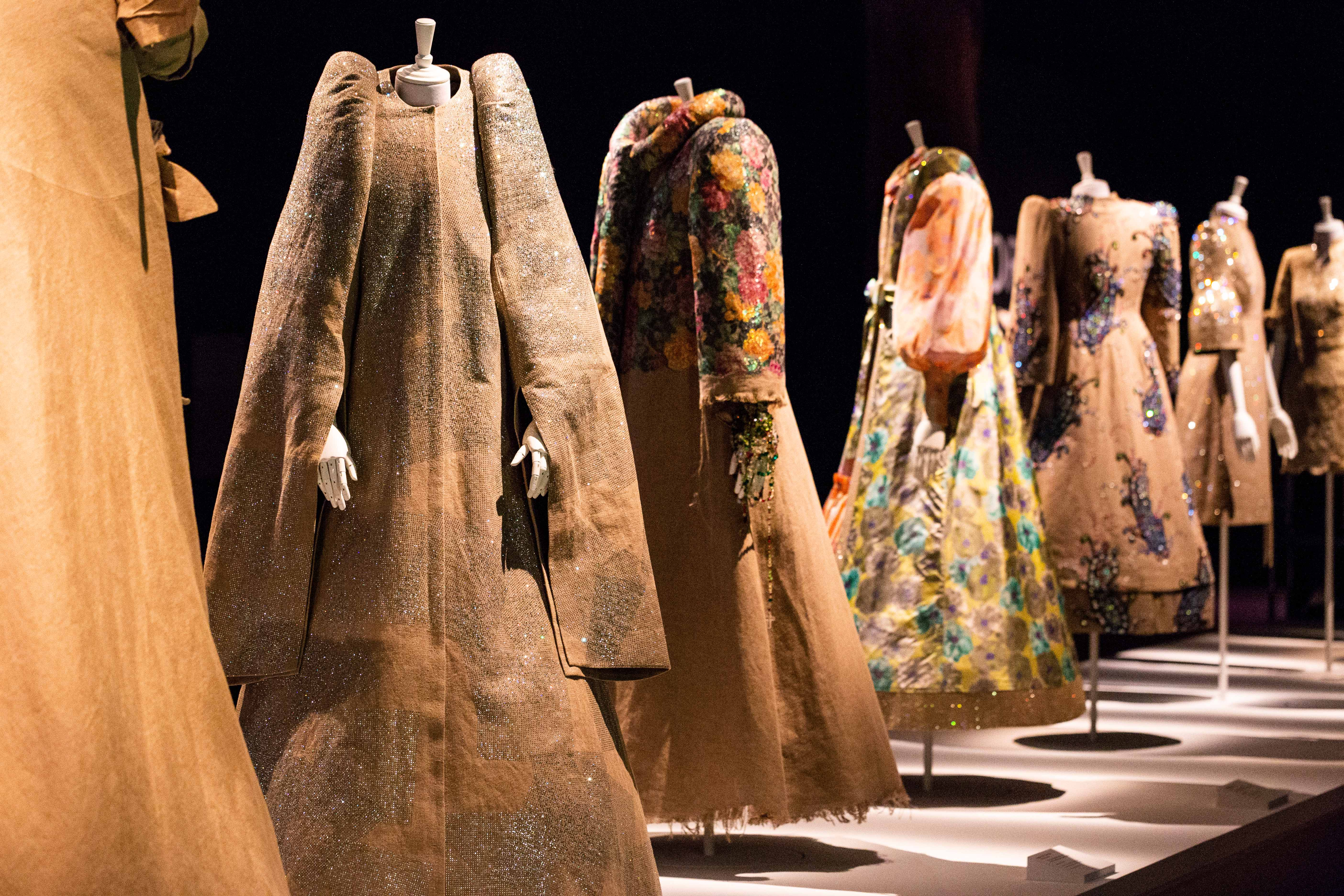 Collection Haute Couture automne-hiver 1999 - Photo © Wayne Taylor