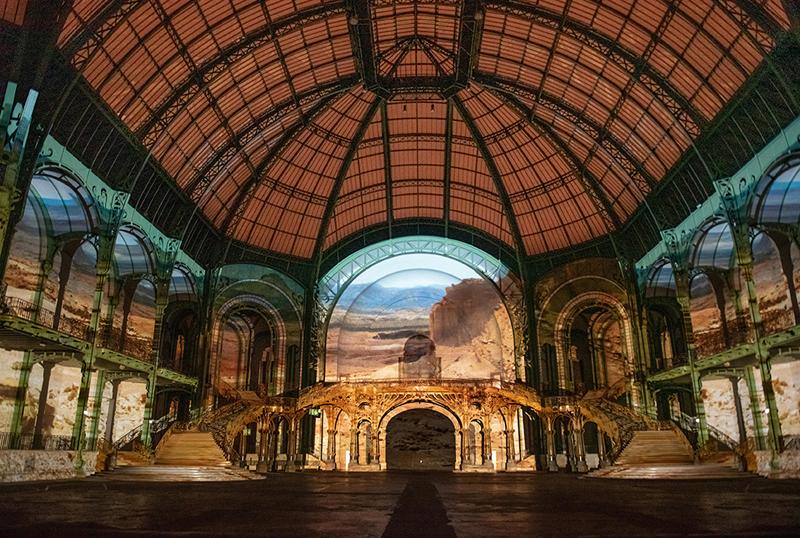 """vue de """"(E)motion"""" - Wim Wenders (3), Nef du Grand Palais, scénographie : Athem, © Rmn - Grand Palais / Nicolas Krief, Paris 2019"""