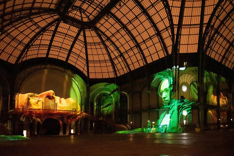 """vue de """"(E)motion"""" - Wim Wenders (6), Nef du Grand Palais, scénographie : Athem, © Rmn - Grand Palais / Nicolas Krief, Paris 2019"""