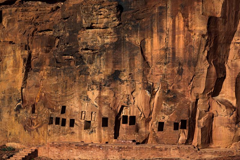 Tombes à Dadan, AlUla © Yann Arthus-Bertrand, Hope Production