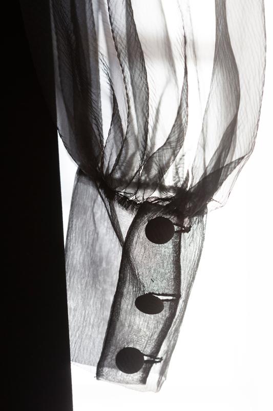 Yves Saint Laurent (1936-2008). Robe de cocktail (détail). Collection haute couture automne-hiver 1969. Photographie de Sophie Carre. © Yves Saint Laurent © Sophie Carre (2019)