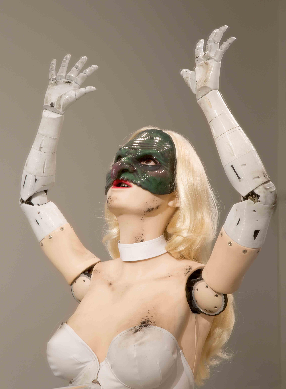 """Female Figure"" (2014) de Jordan Wolfson, médias mixtes."
