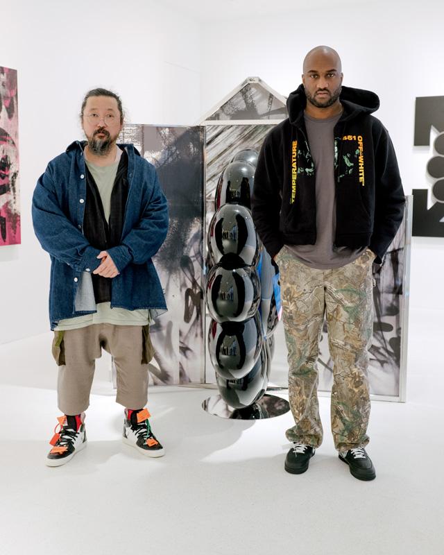 Life Itself (2018) de Takashi Murakami et Virgil Abloh. FRP, peinture à l'uréthanne et acier inoxydable, dimensions variables. Portrait par Olivia Arthur.