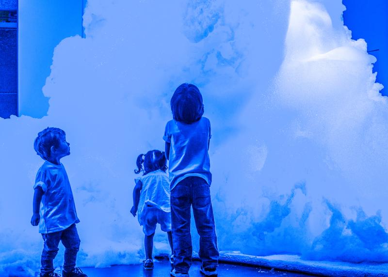"""""""Foam"""", 2017, vue de l'installation « ESPUMA », Maison du Japon São Paulo, São Paulo"""