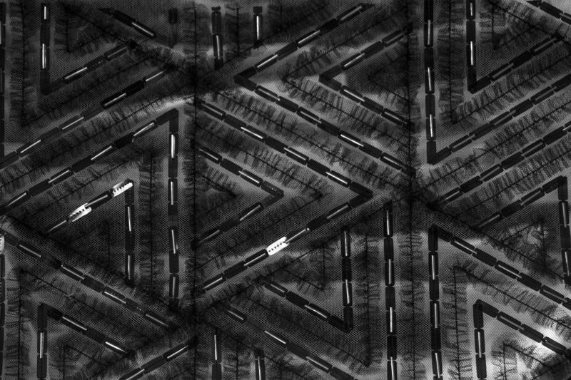Broderies de motifs géométriques.