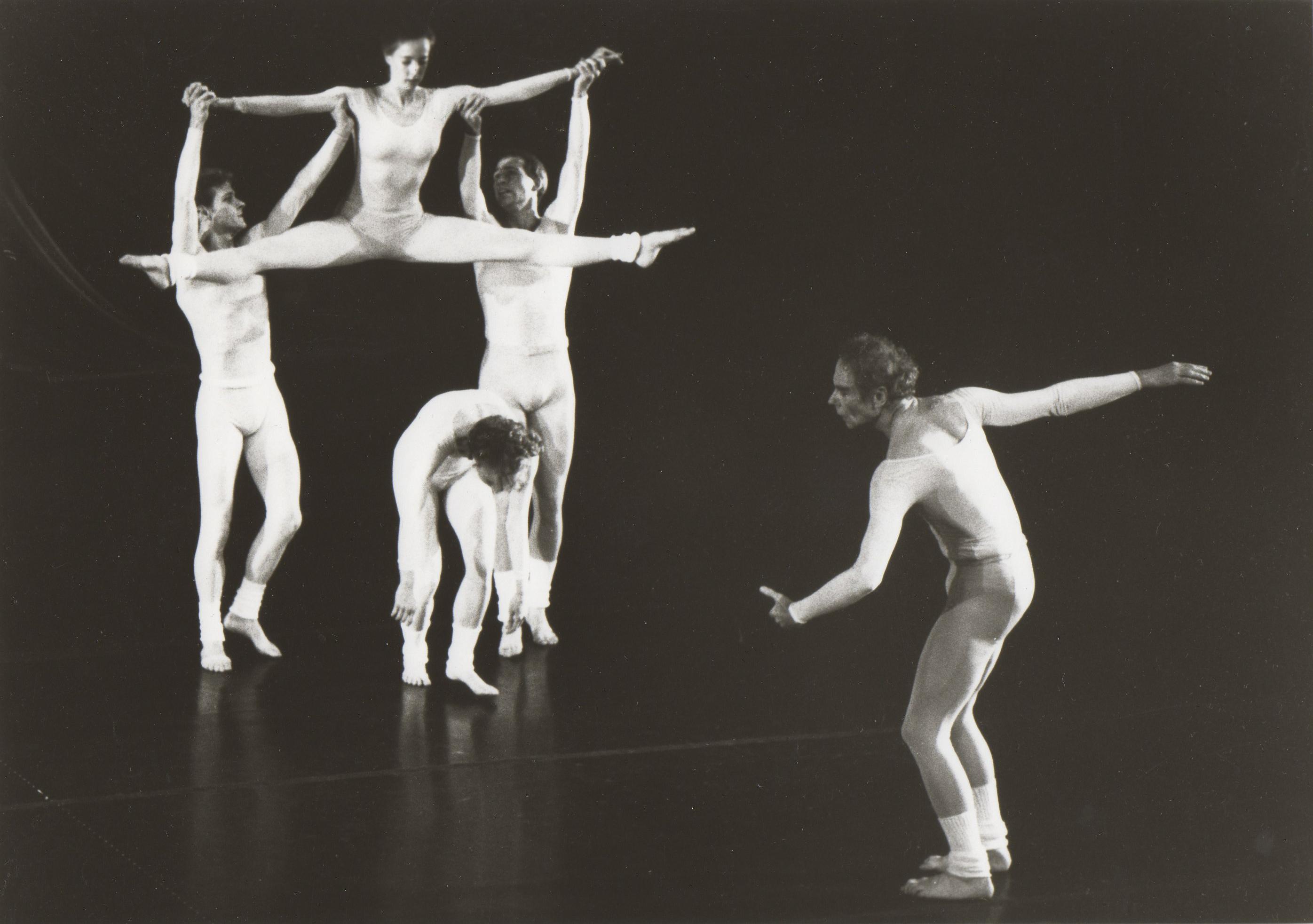 "Merce Cunningham, ""Sounddance"" 1975 © Johan Elbers / Merce Cunningham Trust"