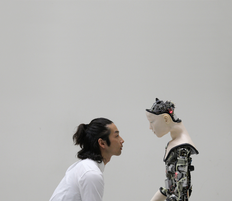 """Co(AI)xistence"", © Justine Emard. Adagp, Paris 2018 with Mirai Moriyama & Alter - developed by Ishiguro lab, Osaka University and Ikegami Lab, Tokyo University."