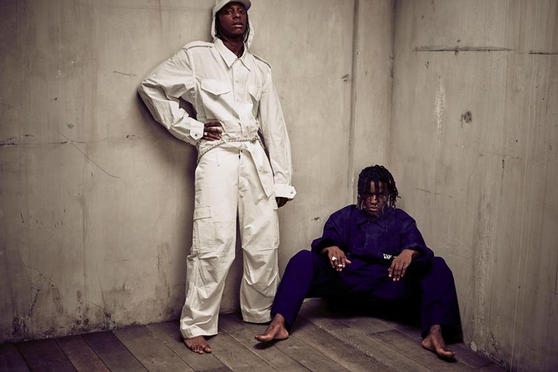 Bloody Osiris et Ian Connor. Pantalons et chemises, SANKUANZ.