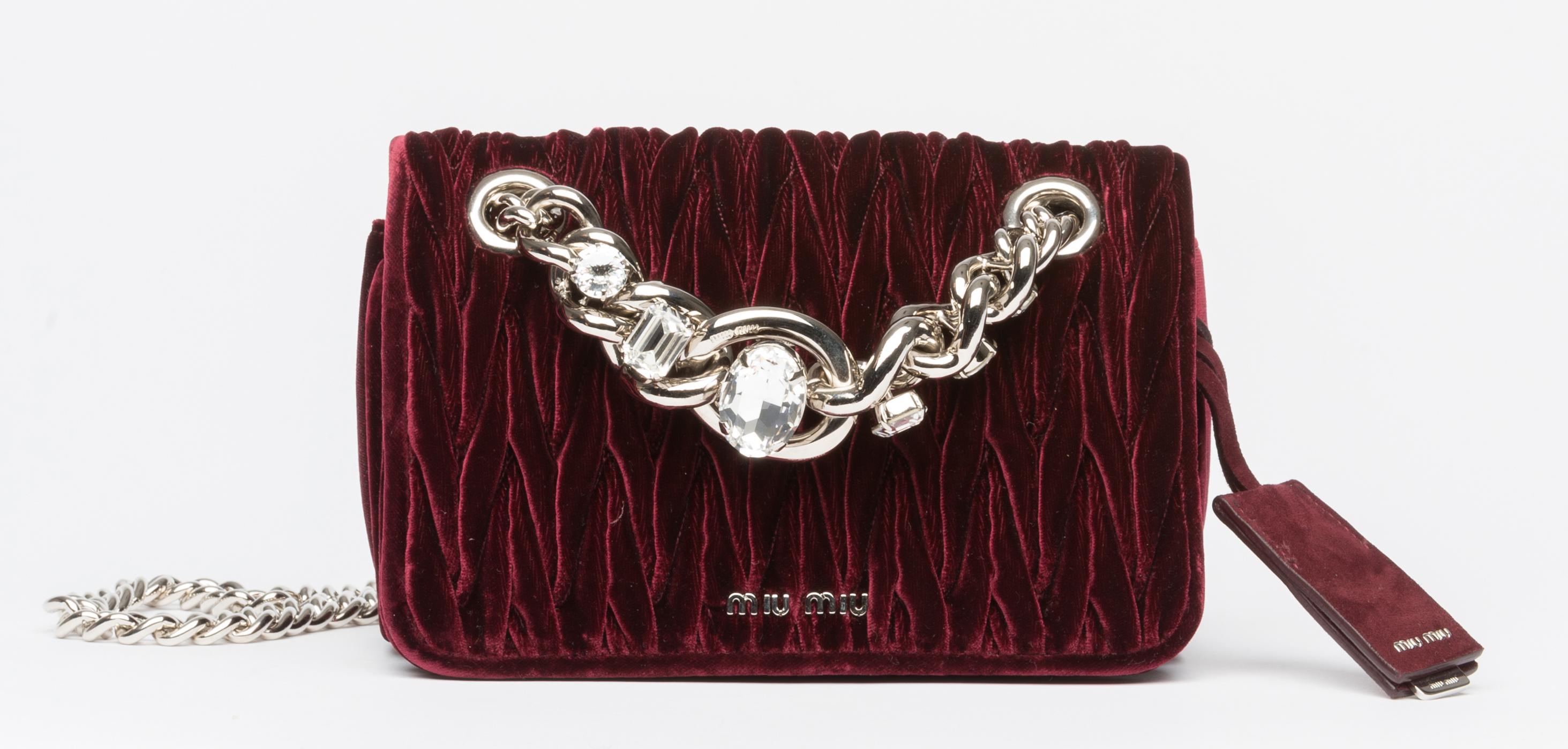 Velvet bag, MIU MIU.