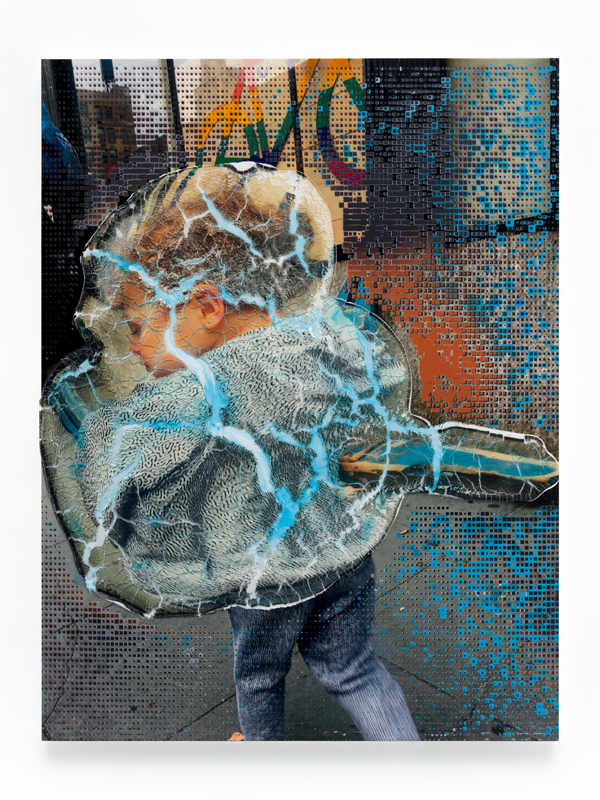 "Seth Price, ""Social Space: Rainbow Signal, Cracked Police Barrier, Boy with Virus Pattern"" (2019). Photos : Ron Amstutz. Cour tesy of Seth Price et Chantal Crousel, Paris."