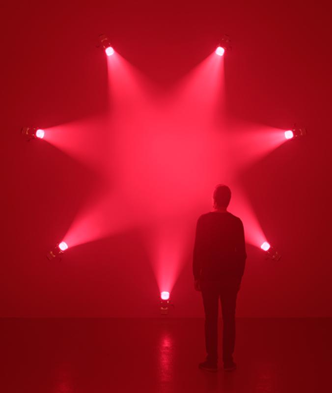 """Vue de l'exposition """"Ann Veronica Janssens"""", du 24 mars au 7 mai 2017 à l'institut d'Art contemporain, Villeurbanne (Rhône-Alpes) © Blaise Adilon."""