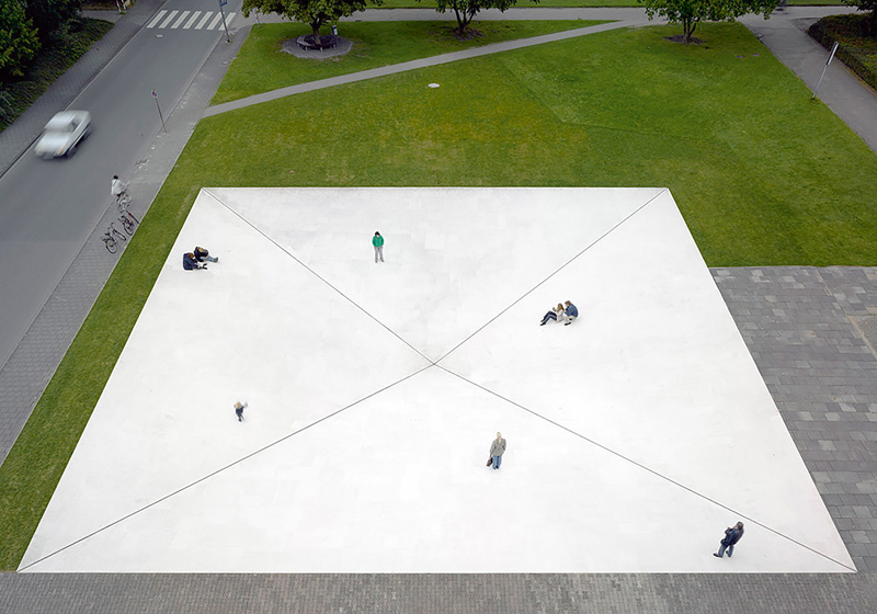 Square Depression (1977/2007) de Bruce Nauman, Skulptur Projekte à Münster en 2007.