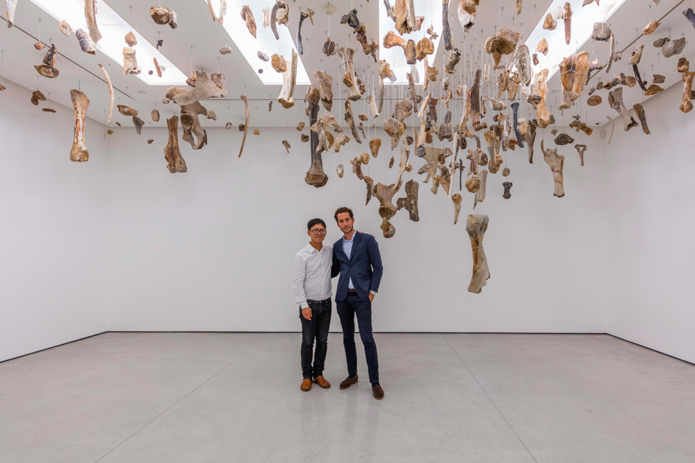Danh Vō and Mathieu Paris. © White Cube. Photo: Kitmin Lee.