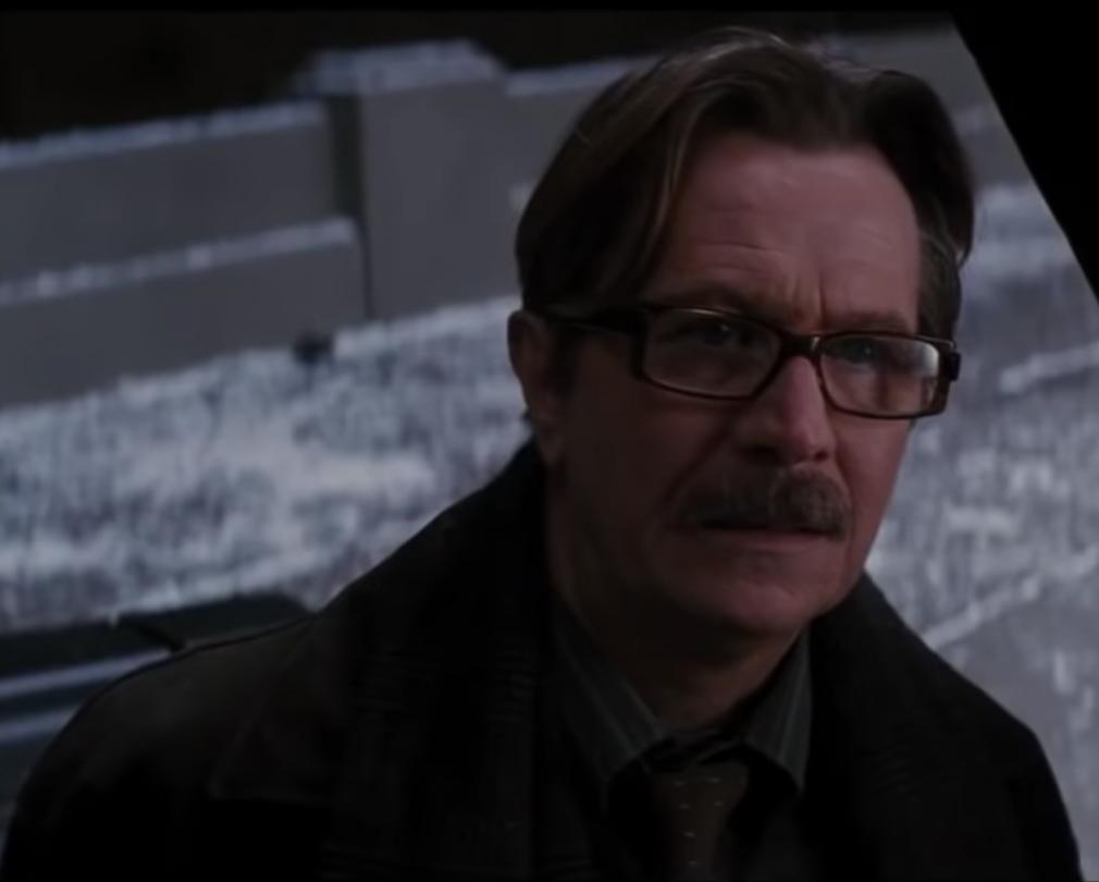 "Gary Oldman dans ""The Dark Knight Rises"" en 2012"