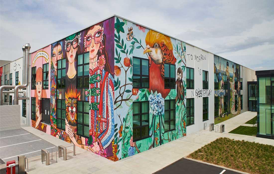 Vue de l'extérieur sur le Gucci ArtLab, laboratoire d'expérimentation de la maison Gucci, à Florence, Italie.