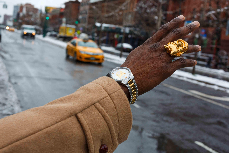 Visuel de la nouvelle campagne de Gucci, #TimeToParr photographiée par Martin Parr. À Harlem vers l'Atelier Dapper Dan.